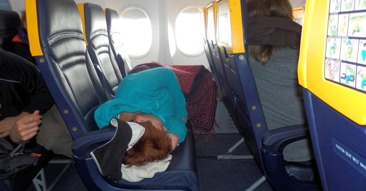 Volná trojsedačka v letadle