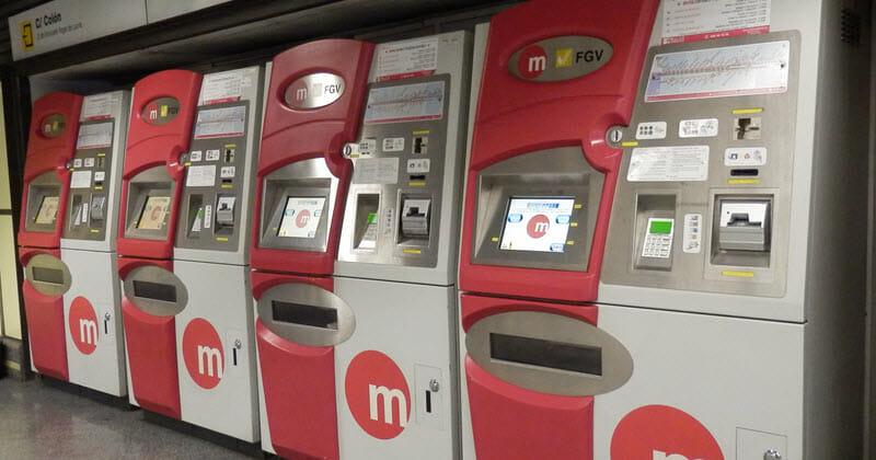 Valencia, automat na jízdenky