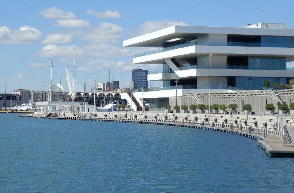 Valencia, přístav (FB)