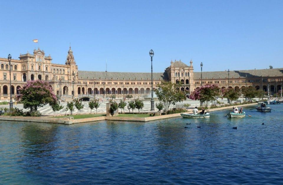 Andalusie s cestovou nebo bez cestovky?